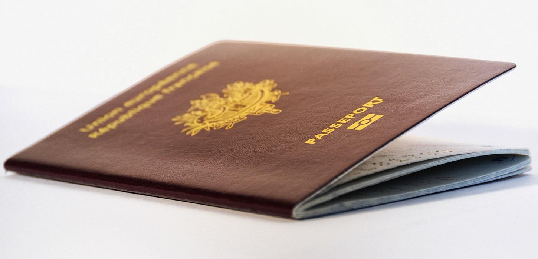 Titres d'identités : Soyez prêts pour les vacances d'été !